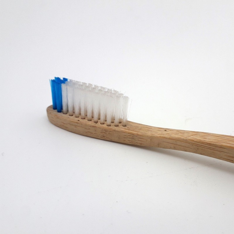 Brosse à dents en bambou - adulte - medium
