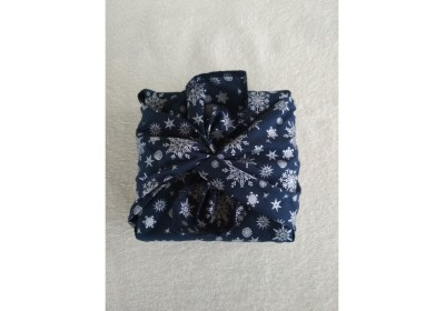 Furoshiki Cadeau bleu Noël - taille : 40x40