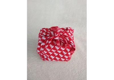 Furoshiki Cadeau rouge noël - taille : 40x40